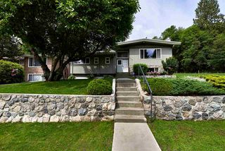 Main Photo: 364 E 24TH Street in North Vancouver: Central Lonsdale House for sale : MLS®# R2078166