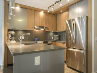 """Photo 3: 303 733 W 14TH Street in North Vancouver: Hamilton Condo for sale in """"REMIX"""" : MLS®# R2079338"""