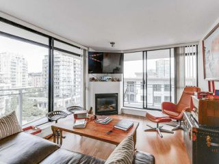 """Photo 4: 808 155 W 1ST Street in North Vancouver: Lower Lonsdale Condo for sale in """"TIME"""" : MLS®# R2094578"""