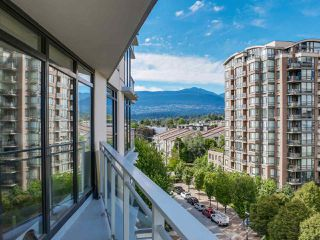 """Photo 14: 808 155 W 1ST Street in North Vancouver: Lower Lonsdale Condo for sale in """"TIME"""" : MLS®# R2094578"""