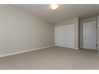 """Photo 3: 110 32040 PEARDONVILLE Road in Abbotsford: Abbotsford West Condo for sale in """"Dogwood Manor"""" : MLS®# R2101108"""