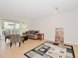 Photo 5: 206 2647 Graham St in VICTORIA: Vi Hillside Condo for sale (Victoria)  : MLS®# 743081