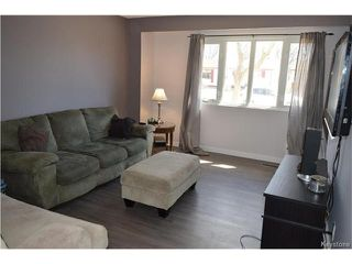 Photo 2: 75 Gendreau Avenue in Winnipeg: St Norbert Residential for sale (1Q)  : MLS®# 1707404