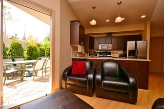 Photo 5: 111 3915 Carey Road in VICTORIA: SW Tillicum Condo Apartment for sale (Saanich West)  : MLS®# 376140