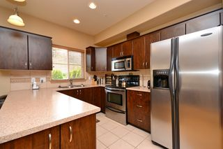 Photo 8: 111 3915 Carey Road in VICTORIA: SW Tillicum Condo Apartment for sale (Saanich West)  : MLS®# 376140