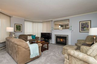"Photo 2: 401 15111 RUSSELL Avenue: White Rock Condo for sale in ""PACIFIC TERRACE"" (South Surrey White Rock)  : MLS®# R2155564"
