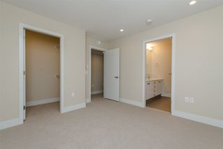 "Photo 16: 17 1968 N PARALLEL Road in Abbotsford: Abbotsford East Townhouse for sale in ""Parallel North"" : MLS®# R2173432"