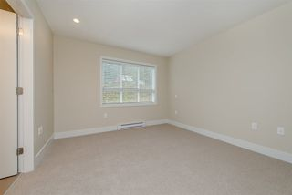"Photo 15: 17 1968 N PARALLEL Road in Abbotsford: Abbotsford East Townhouse for sale in ""Parallel North"" : MLS®# R2173432"