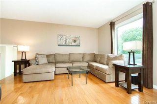 Photo 4: 37 Willowmeade Crescent in Winnipeg: Meadowood Residential for sale (2E)  : MLS®# 1715361