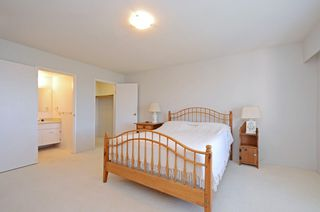 Photo 10: 401 1012 Pakington St in VICTORIA: Vi Fairfield West Condo for sale (Victoria)  : MLS®# 763626