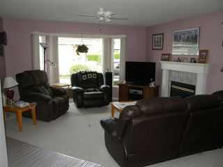Photo 3: 3 530 COQUIHALLA Street in Hope: Hope Center Townhouse for sale : MLS®# R2186840
