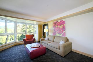 "Photo 3: 407 4557 BLACKCOMB Way in Whistler: Benchlands Condo for sale in ""LE CHAMOIS"" : MLS®# R2193365"