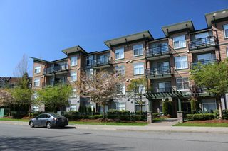 Photo 2: 403 8183 121A Street in Surrey: Queen Mary Park Surrey Condo for sale : MLS®# R2205156