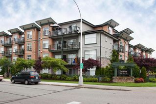 Photo 1: 403 8183 121A Street in Surrey: Queen Mary Park Surrey Condo for sale : MLS®# R2205156