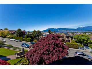 Photo 6: 3830 W 12TH AV in Vancouver: Point Grey House for sale (Vancouver West)  : MLS®# V895140