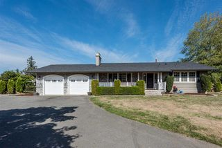 Main Photo: 24985 32 Avenue in Langley: Otter District House for sale : MLS®# R2208154
