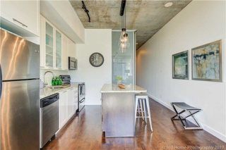 Photo 3: 33 Mill St Unit #423 in Toronto: Waterfront Communities C8 Condo for sale (Toronto C08)  : MLS®# C3936953