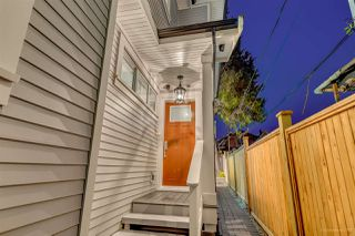 Photo 3: 1346 E 18TH Avenue in Vancouver: Knight House 1/2 Duplex for sale (Vancouver East)  : MLS®# R2214844