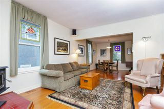 Photo 2: 242 E 28TH Street in North Vancouver: Upper Lonsdale House for sale : MLS®# R2233565