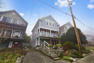 Photo 1: 242 E 28TH Street in North Vancouver: Upper Lonsdale House for sale : MLS®# R2233565