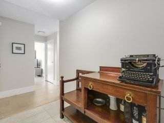"""Photo 2: 302 5958 IONA Drive in Vancouver: University VW Condo for sale in """"ARGYLL HOUSE EAST"""" (Vancouver West)  : MLS®# R2234728"""