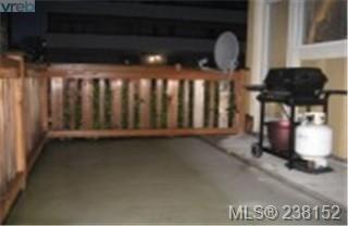 Photo 9:  in VICTORIA: Vi Hillside Condo Apartment for sale (Victoria)  : MLS®# 450622