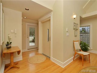 Photo 16: G 349 Foul Bay Road in VICTORIA: Vi Fairfield East Residential for sale (Victoria)  : MLS®# 349238