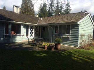 """Photo 2: 470 GORDON Avenue in West Vancouver: Cedardale House for sale in """"Cedardale"""" : MLS®# R2244893"""