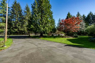 "Photo 2: 5517 245A Street in Langley: Salmon River House for sale in ""Strawberry Hills"" : MLS®# R2261991"