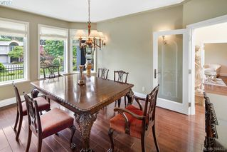 Photo 9: 986 Perez Dr in VICTORIA: SE Broadmead House for sale (Saanich East)  : MLS®# 791148