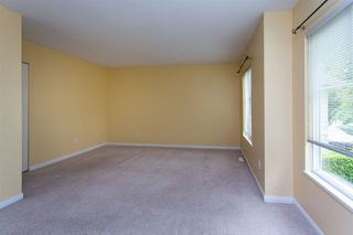 "Photo 13: 68 6465 184A Street in Surrey: Cloverdale BC Townhouse for sale in ""Rosebury Lane"" (Cloverdale)  : MLS®# R2306057"