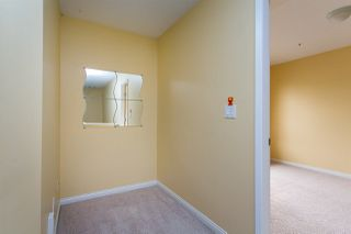 "Photo 16: 68 6465 184A Street in Surrey: Cloverdale BC Townhouse for sale in ""Rosebury Lane"" (Cloverdale)  : MLS®# R2306057"