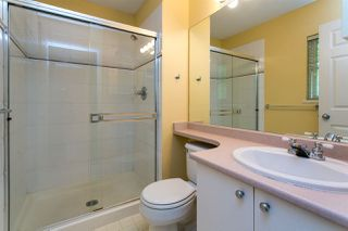 "Photo 15: 68 6465 184A Street in Surrey: Cloverdale BC Townhouse for sale in ""Rosebury Lane"" (Cloverdale)  : MLS®# R2306057"