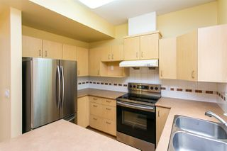 "Photo 4: 68 6465 184A Street in Surrey: Cloverdale BC Townhouse for sale in ""Rosebury Lane"" (Cloverdale)  : MLS®# R2306057"