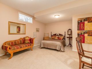 Photo 25: 27 SHANNON ESTATES Terrace SW in Calgary: Shawnessy Semi Detached for sale : MLS®# C4205904