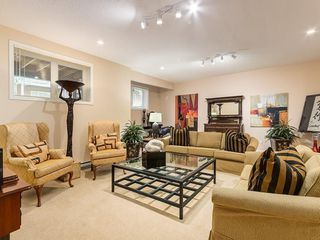 Photo 21: 27 SHANNON ESTATES Terrace SW in Calgary: Shawnessy Semi Detached for sale : MLS®# C4205904