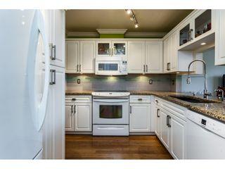 "Photo 3: 27 8892 208 Street in Langley: Walnut Grove Townhouse for sale in ""Hunter's Run"" : MLS®# R2309872"