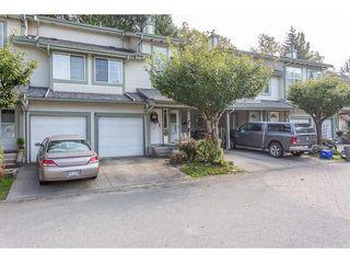 "Photo 2: 27 8892 208 Street in Langley: Walnut Grove Townhouse for sale in ""Hunter's Run"" : MLS®# R2309872"