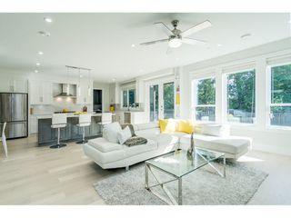 Photo 4: 15690 GOGGS Avenue: White Rock House for sale (South Surrey White Rock)  : MLS®# R2308953