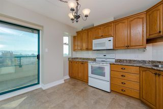 "Photo 11: 803 32440 SIMON Street in Abbotsford: Abbotsford West Condo for sale in ""Trethewey Tower"" : MLS®# R2316855"