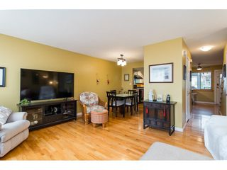 "Photo 9: 32 27272 32 Avenue in Langley: Aldergrove Langley Townhouse for sale in ""TWIN FIRS"" : MLS®# R2340863"