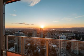"Photo 16: 4309 13495 CENTRAL Avenue in Surrey: Whalley Condo for sale in ""3 Civic Plaza"" (North Surrey)  : MLS®# R2342744"