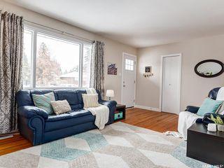 Photo 6: 1917 Louise Avenue in Saskatoon: Holliston Residential for sale : MLS®# SK760375