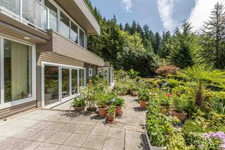Photo 10: 310 OCEANVIEW Road: Lions Bay House for sale (West Vancouver)  : MLS®# R2344989