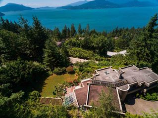 Photo 2: 310 OCEANVIEW Road: Lions Bay House for sale (West Vancouver)  : MLS®# R2344989