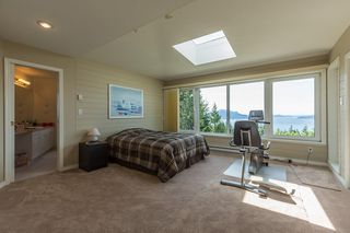 Photo 12: 310 OCEANVIEW Road: Lions Bay House for sale (West Vancouver)  : MLS®# R2344989