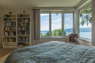 Photo 15: 310 OCEANVIEW Road: Lions Bay House for sale (West Vancouver)  : MLS®# R2344989