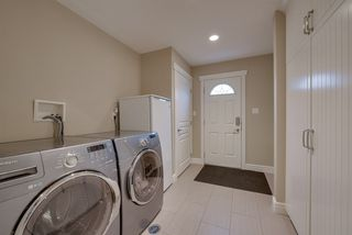 Photo 13: 9340 91 Street in Edmonton: Zone 18 House for sale : MLS®# E4149027