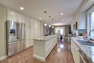 Photo 5: 9340 91 Street in Edmonton: Zone 18 House for sale : MLS®# E4149027