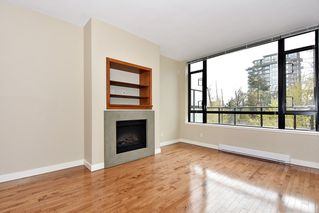 """Photo 2: 18 9133 HEMLOCK Drive in Richmond: McLennan North Townhouse for sale in """"SEQUOIA"""" : MLS®# R2353825"""